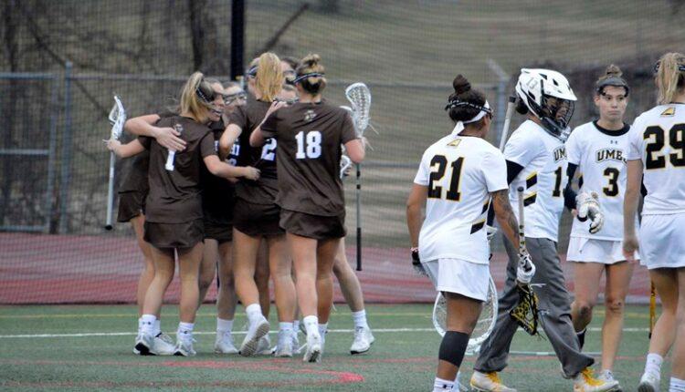 Women_s_Lacrosse_Team_Celebration_DSC0794.jpg