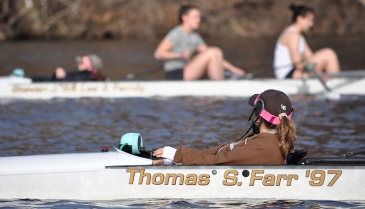Women_s_Rowing_Team.jpg